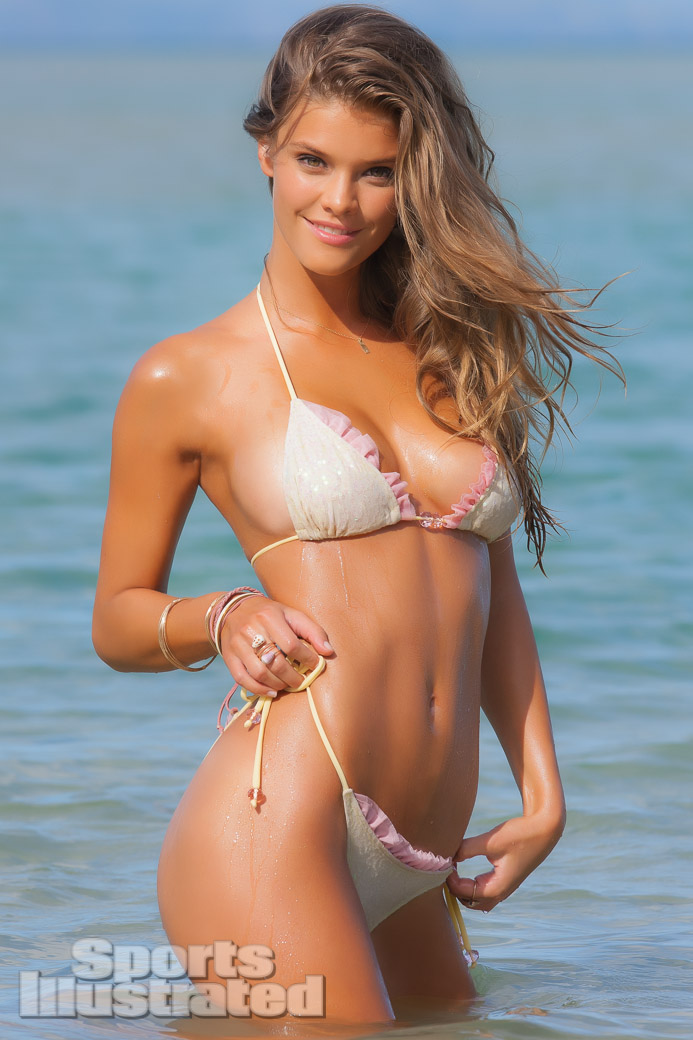 nina-agdal-si-swimsuit-2013-web-27