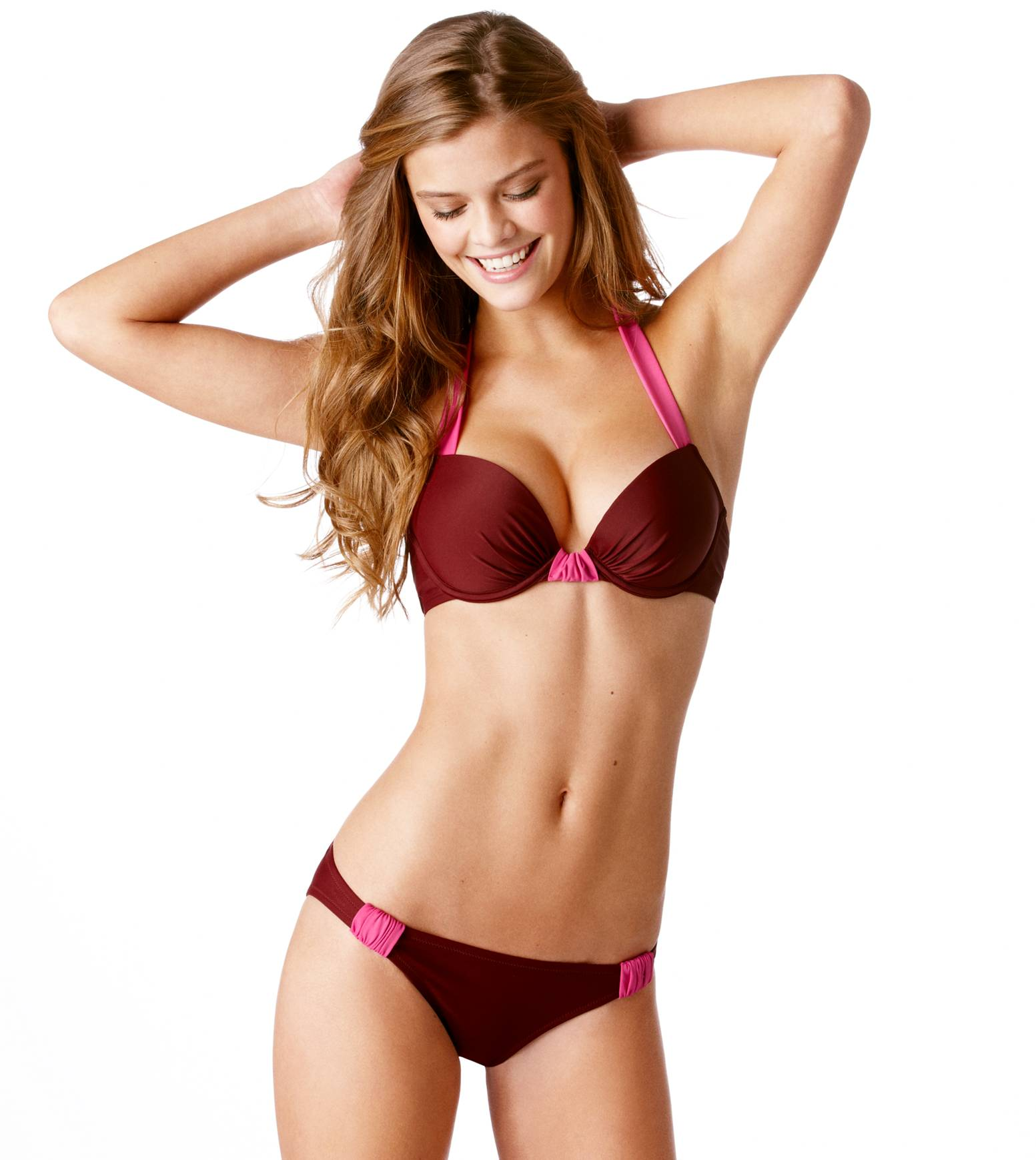 nina-agdal-aerie-swim-may-2013-set-2-28