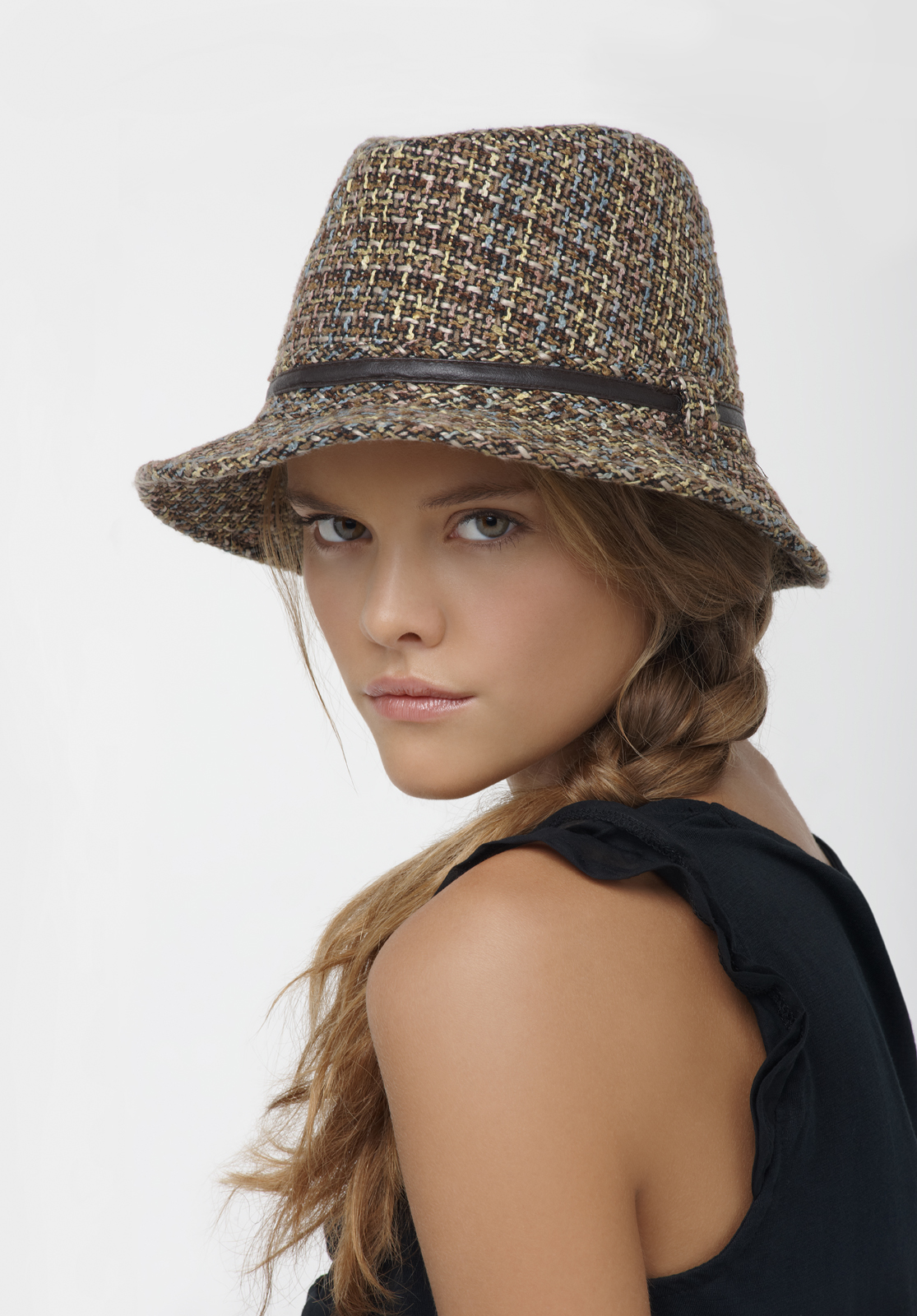nina-agdal-naf-naf-xmas-lookbook-2010-06