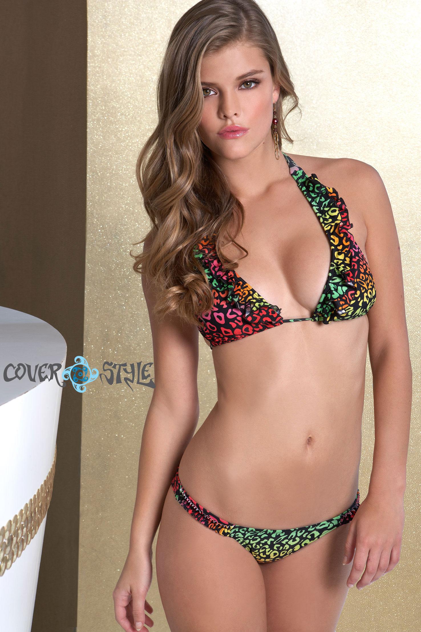 nina-agdal-luli-fama-swimwear-set-3-01