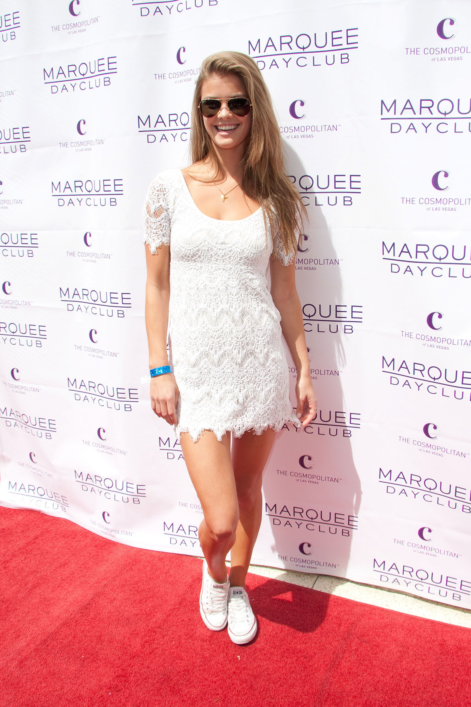 nina-agdal-marquee-dayclub-2013-season-grand-opening-april-6-2013-01