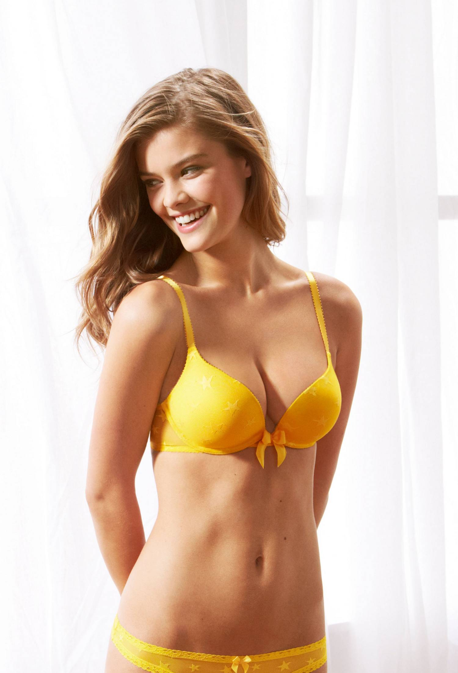 nina-agdal-aerie-bra-guide-july-2013-16