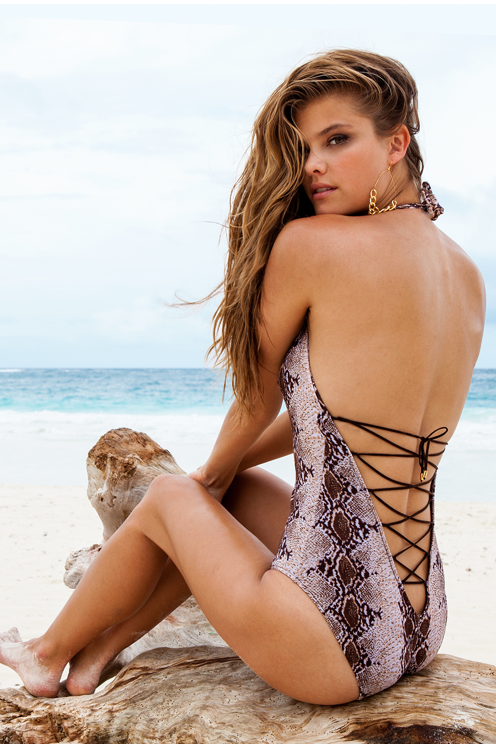 nina-agdal-sauvage-swimwear-resort-2014-03
