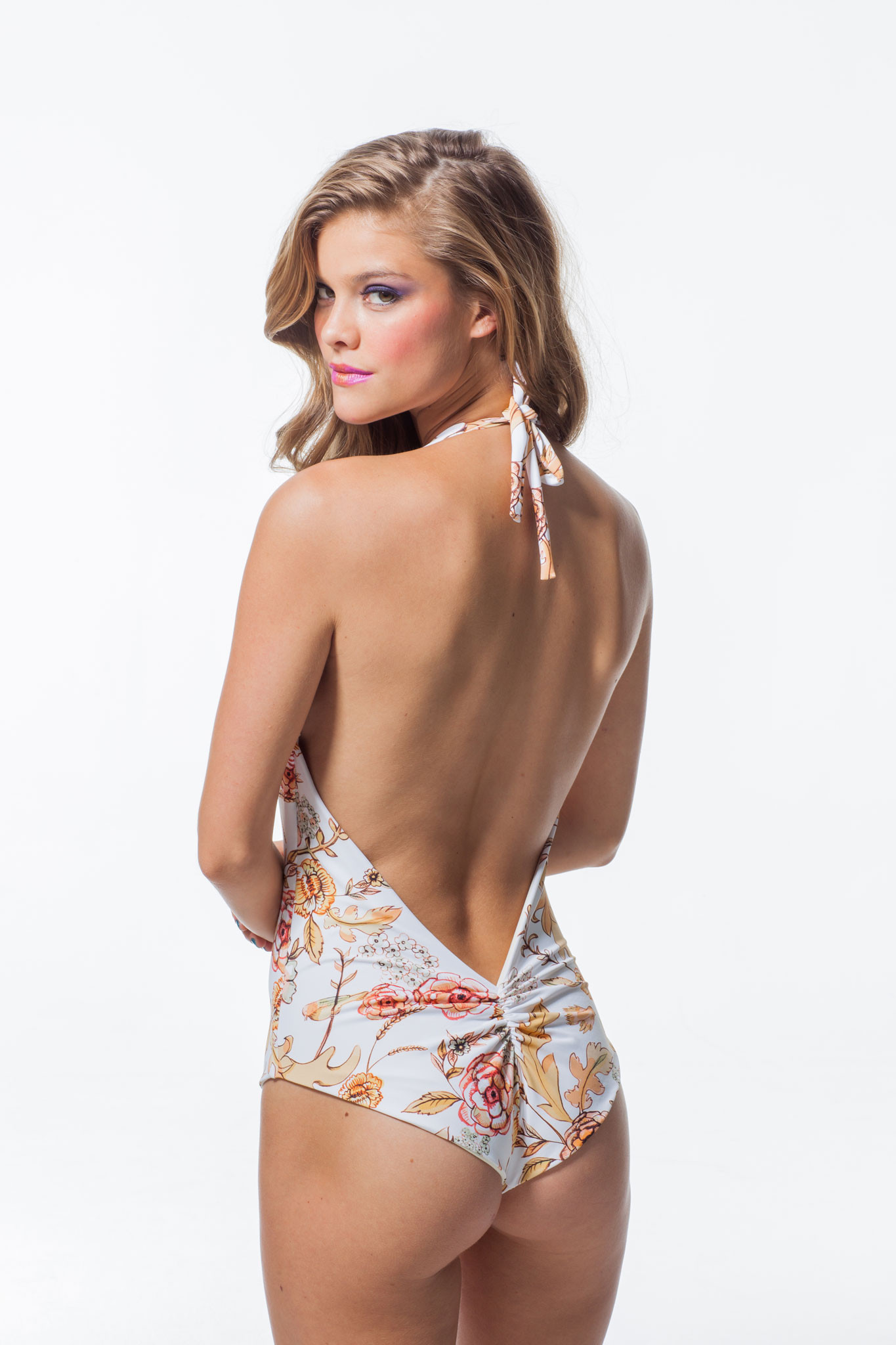 nina-agdal-la-boheme-by-martha-rey-january-2014-19