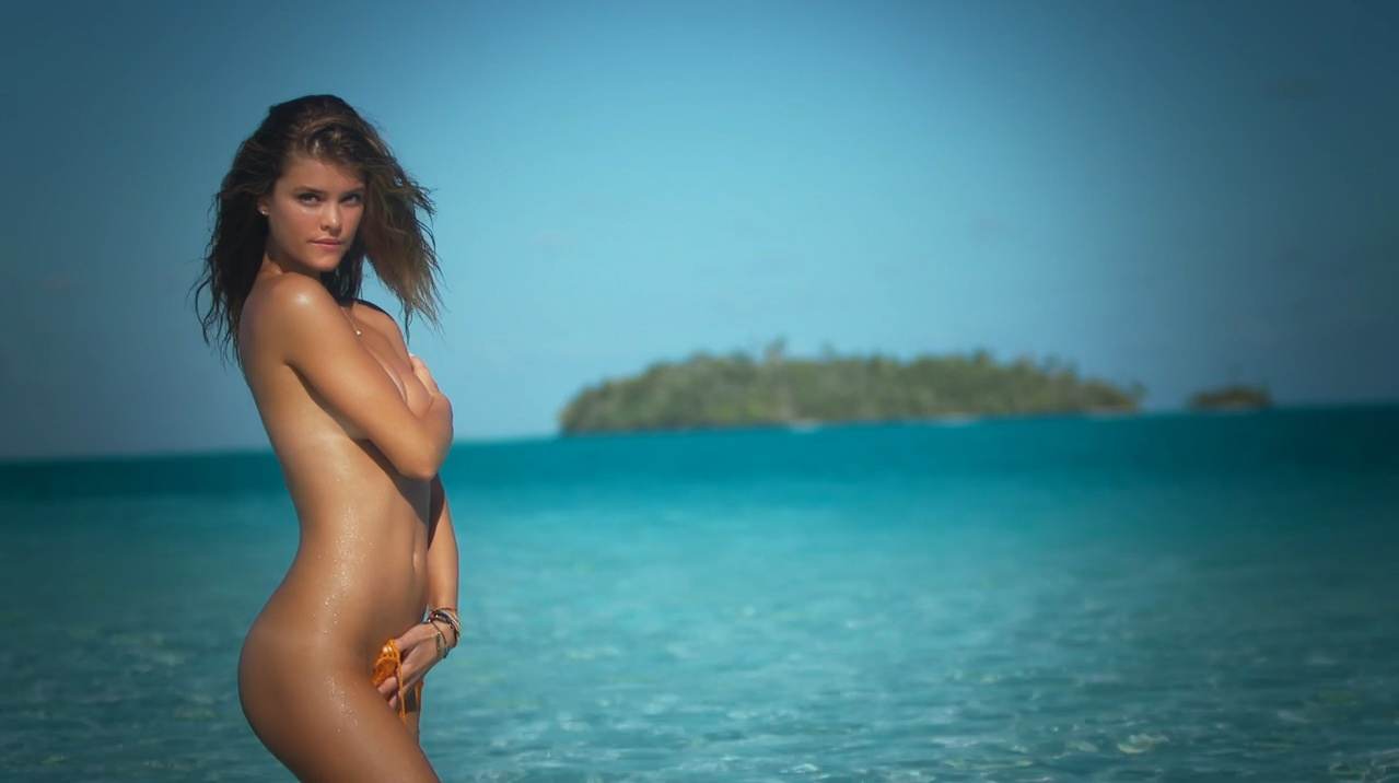 nina-agdal-sports-illustrated-swimsuit-2014-1-intimate