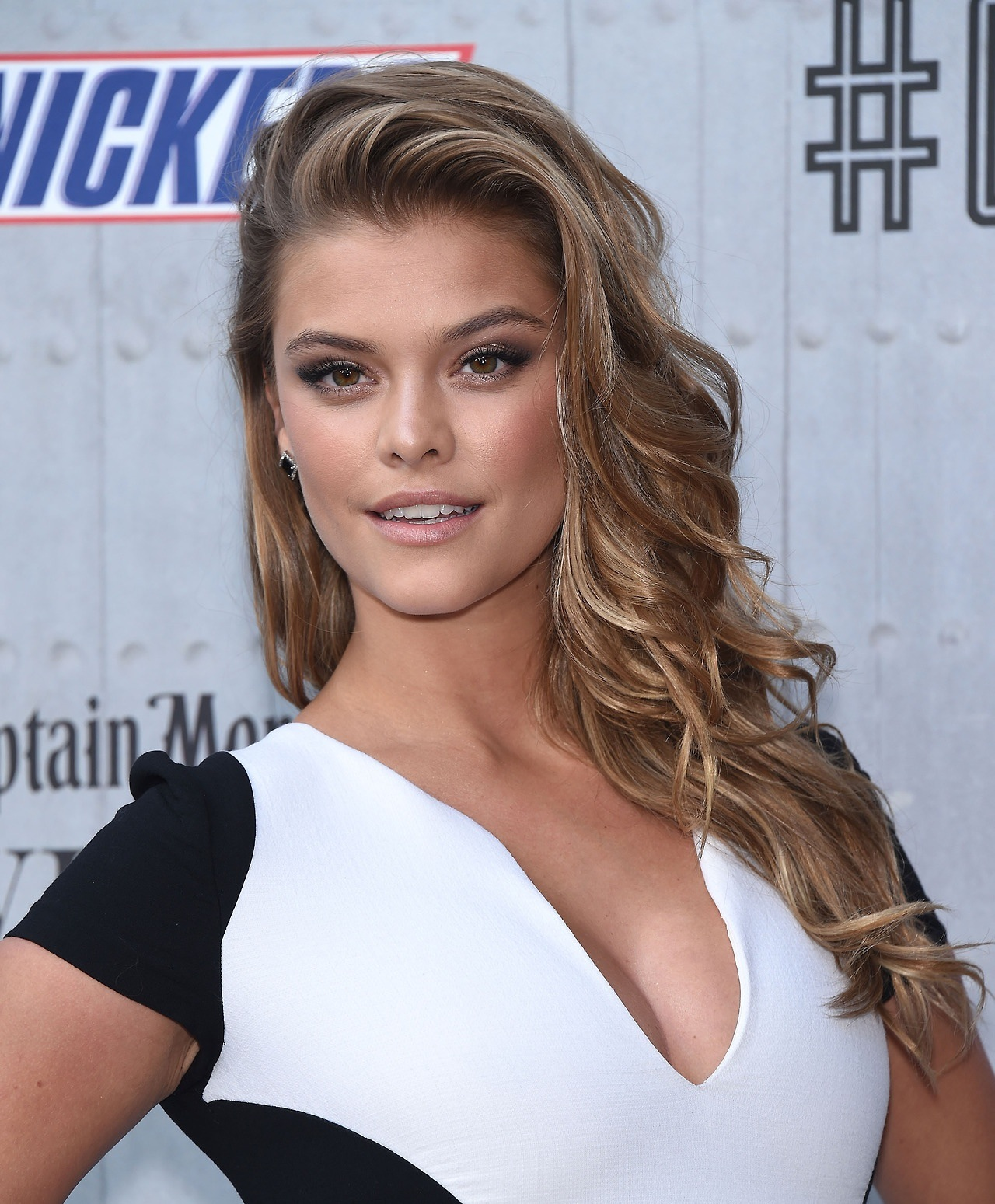nina-agdal-spike-guys-choice-awards-june-7-2014-in-culver-city-california-arrivals-06