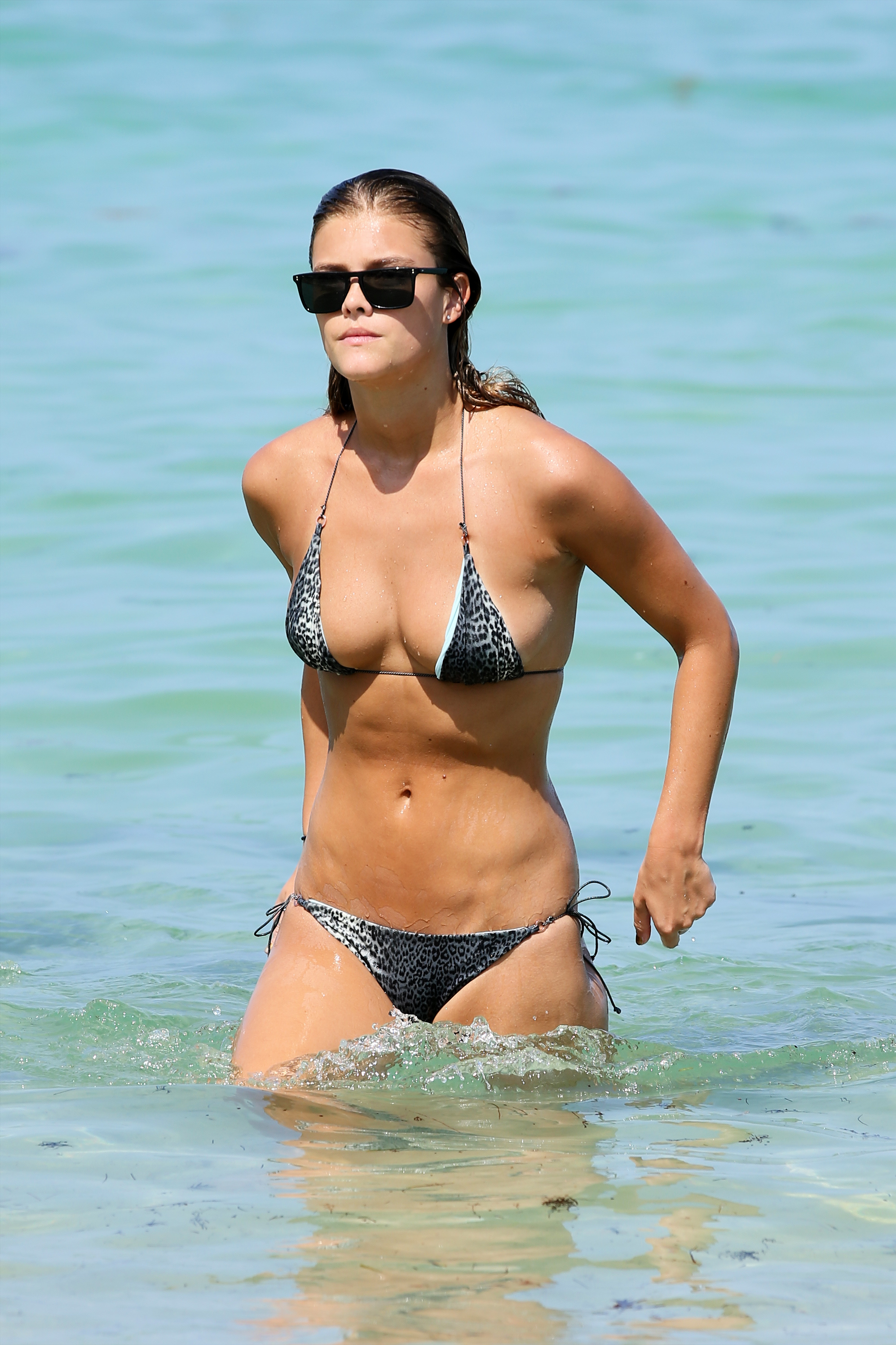 nina-agdal-at-the-beach-miami-july-19-2014-04
