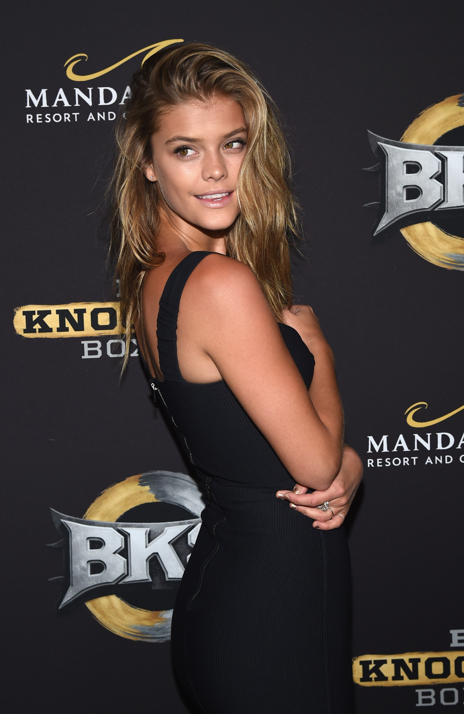 nina-agdal-big-knockout-boxing-inaugural-event-las-vegas-august-16-2014-01