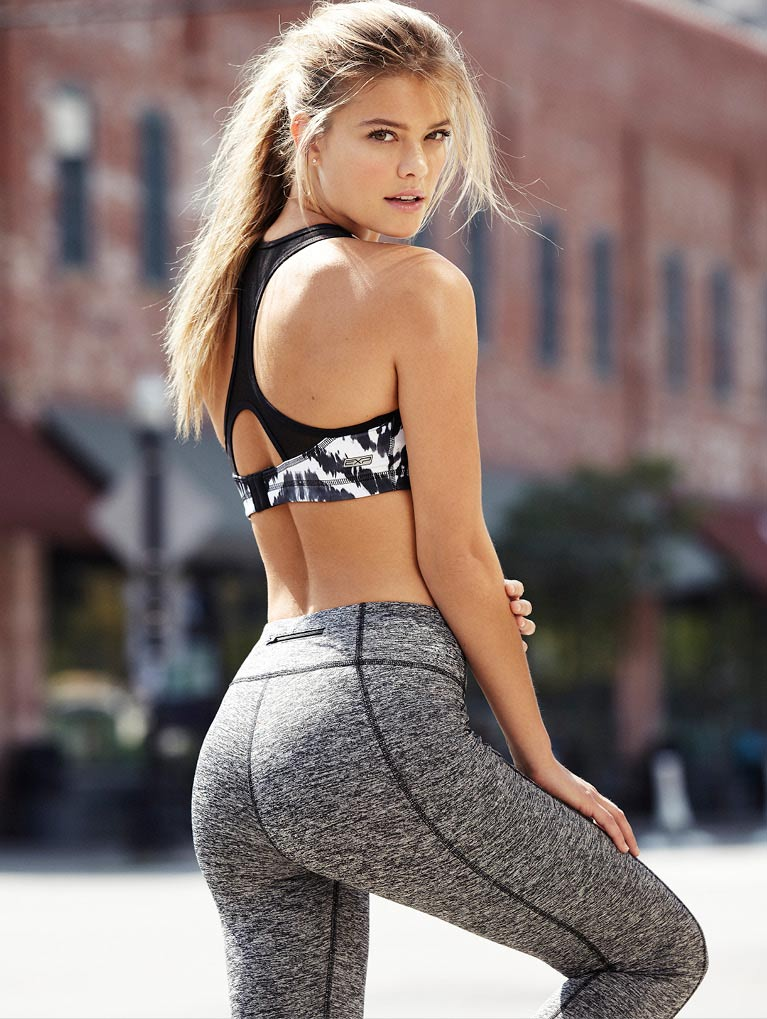 nina-agdal-express-october-2014-01